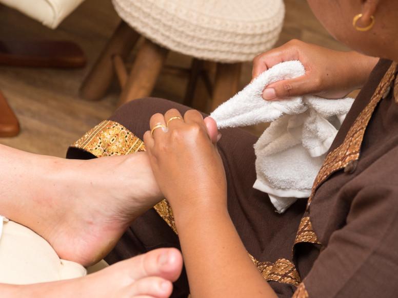 Auto massaggio del piede